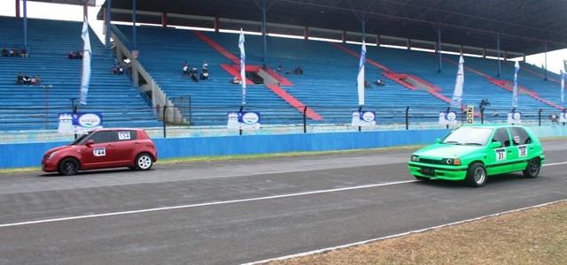 Sentul – Minggu (24/09), Sirkuit Sentul kembali menggelar kejuaraan Sentul Drag Race – Drag Bike seri keempat di tahun 2014. Di seri keempat dari 5 seri yang dijadwalkan pada tahun […]