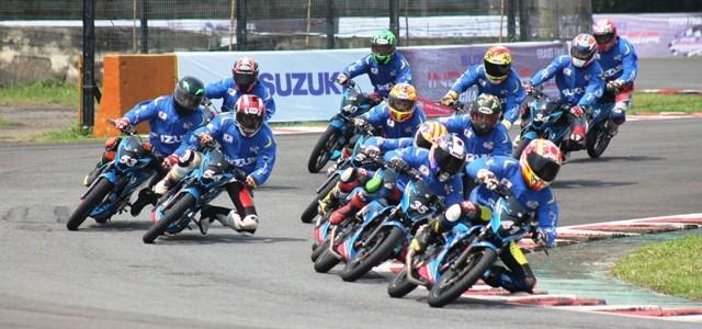Sentul – Minggu kemarin (22/03), Grand Final Suzuki Indonesia Challenge 2015 Satria Cup telah usai digelar. Ajang yang digelar PT. Suzuki Indomobil Sales (PT SIS) ini merupakan ajang pencarian pembalap […]