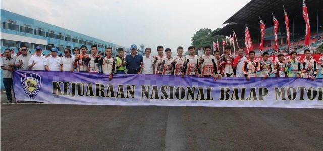 Sirkuit Sentul – IMI yang notabene induk organisasi dunia otomotif tertinggi di Indonesia menggelar Kejuaraan Nasional Balap Motor 2015. Event Kejuaraan Nasional ini merupakan penggabungan antara IRS (balap motor sport) […]