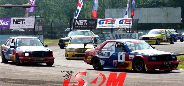 Sirkuit Sentul – Minggu (24/05), Sirkuit Sentul menggelar kembali kejuaraan Indonesia Sentul Series of Motorsport (ISSOM). ISSOM Seri kedua ini memperlombakan 13 kelas, diantaranya Super Car Championship (SCC) , Super […]