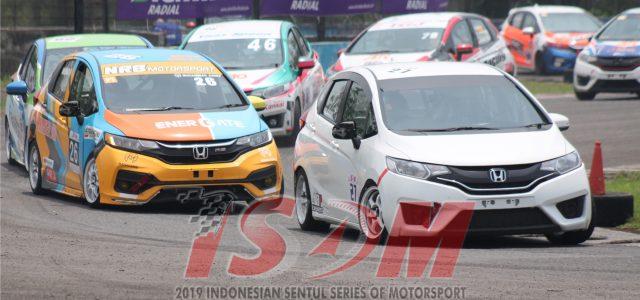 "Sirkuit Sentul – Minggu kemarin (13/10), Sirkuit Sentul sukses menggelar Kejuaraan Nasional Balap Mobil yang bertajuk ""Indonesia Sentul Series of Motorsport (ISSOM)"" putaran kelima. Ajang balap mobil terbesar di Indonesia […]"